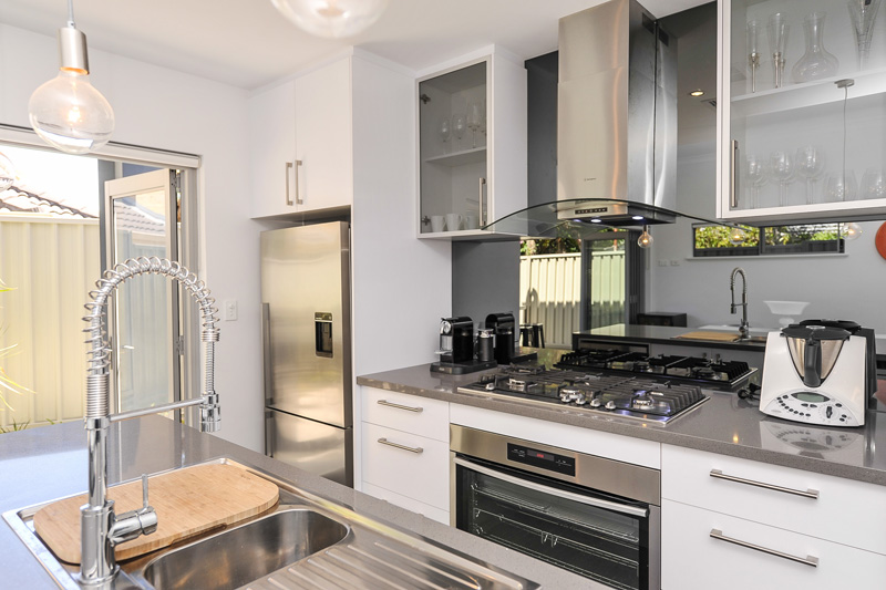 Townhouse Kitchen Small Block Solutions